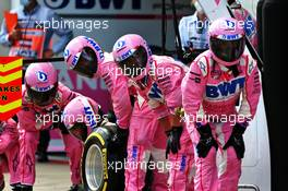 Racing Point F1 Team makes a pit stop. 12.07.2020. Formula 1 World Championship, Rd 2, Steiermark Grand Prix, Spielberg, Austria, Race Day.