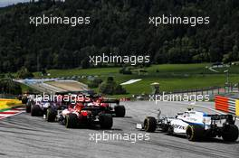 Nicholas Latifi (CDN) Williams Racing FW43 at the start of the race. 12.07.2020. Formula 1 World Championship, Rd 2, Steiermark Grand Prix, Spielberg, Austria, Race Day.