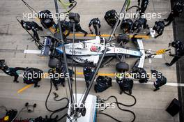 George Russell (GBR) Williams Racing FW43 makes a pit stop. 12.07.2020. Formula 1 World Championship, Rd 2, Steiermark Grand Prix, Spielberg, Austria, Race Day.