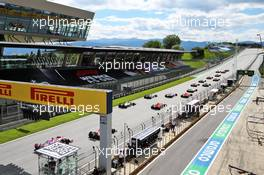 The start of the race. 12.07.2020. Formula 1 World Championship, Rd 2, Steiermark Grand Prix, Spielberg, Austria, Race Day.