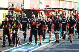 Red Bull Racing mechanics celebrate third position for Alexander Albon (THA) Red Bull Racing. 13.09.2020. Formula 1 World Championship, Rd 9, Tuscan Grand Prix, Mugello, Italy, Race Day.