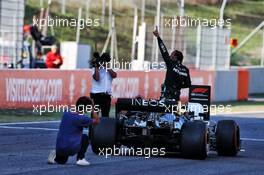 Race winner Lewis Hamilton (GBR) Mercedes AMG F1 W11 celebrates in parc ferme. 13.09.2020. Formula 1 World Championship, Rd 9, Tuscan Grand Prix, Mugello, Italy, Race Day.