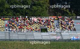 Circuit atmosphere - fans in the grandstand. 13.09.2020. Formula 1 World Championship, Rd 9, Tuscan Grand Prix, Mugello, Italy, Race Day.