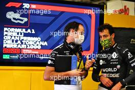 Daniel Ricciardo (AUS) Renault F1 Team with Karel Loos (BEL) Renault F1 Team Race Engineer. 12.09.2020. Formula 1 World Championship, Rd 9, Tuscan Grand Prix, Mugello, Italy, Qualifying Day.