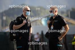 (L to R): Simon Roberts (GBR) Williams Racing F1 Acting Team Principal with Mike O'Driscoll (GBR) Williams Group CEO. 13.09.2020. Formula 1 World Championship, Rd 9, Tuscan Grand Prix, Mugello, Italy, Race Day.