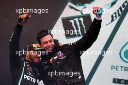 Race winner Lewis Hamilton (GBR) Mercedes AMG F1 celebrates winning his seventh World Championship with Toto Wolff (GER) Mercedes AMG F1 Shareholder and Executive Director. 15.11.2020. Formula 1 World Championship, Rd 14, Turkish Grand Prix, Istanbul, Turkey, Race Day.