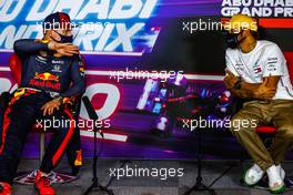 (L to R): Max Verstappen (NLD) Red Bull Racing and Lewis Hamilton (GBR) Mercedes AMG F1 in the post race FIA Press Conference. 13.12.2020. Formula 1 World Championship, Rd 17, Abu Dhabi Grand Prix, Yas Marina Circuit, Abu Dhabi, Race Day.