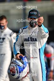 Nicholas Latifi (CDN) Williams Racing at the drivers' end of season group photograph. 13.12.2020. Formula 1 World Championship, Rd 17, Abu Dhabi Grand Prix, Yas Marina Circuit, Abu Dhabi, Race Day.
