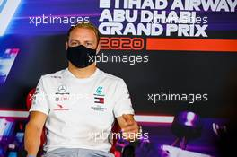 Valtteri Bottas (FIN) Mercedes AMG F1 in the FIA Press Conference. 10.12.2020. Formula 1 World Championship, Rd 17, Abu Dhabi Grand Prix, Yas Marina Circuit, Abu Dhabi, Preparation Day.