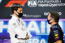 (L to R): Toto Wolff (GER) Mercedes AMG F1 Shareholder and Executive Director and Christian Horner (GBR) Red Bull Racing Team Principal in the FIA Press Conference. 26.03.2021. Formula 1 World Championship, Rd 1, Bahrain Grand Prix, Sakhir, Bahrain, Practice Day