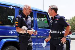 (L to R): Adrian Newey (GBR) Red Bull Racing Chief Technical Officer with Christian Horner (GBR) Red Bull Racing Team Principal. 26.03.2021. Formula 1 World Championship, Rd 1, Bahrain Grand Prix, Sakhir, Bahrain, Practice Day
