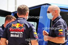 (L to R): Christian Horner (GBR) Red Bull Racing Team Principal with Adrian Newey (GBR) Red Bull Racing Chief Technical Officer. 26.03.2021. Formula 1 World Championship, Rd 1, Bahrain Grand Prix, Sakhir, Bahrain, Practice Day