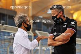 (L to R): Alain Prost (FRA) Alpine F1 Team Non-Executive Director with Marcin Budkowski (POL) Alpine F1 Team Executive Director. 27.03.2021. Formula 1 World Championship, Rd 1, Bahrain Grand Prix, Sakhir, Bahrain, Qualifying Day.