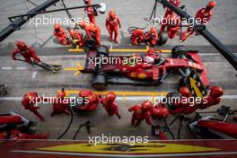 Charles Leclerc (MON) Ferrari SF-21 makes a pit stop. 09.05.2021. Formula 1 World Championship, Rd 4, Spanish Grand Prix, Barcelona, Spain, Race Day.