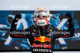 Race winner Max Verstappen (NLD) Red Bull Racing celebrates in parc ferme. 18.04.2021. Formula 1 World Championship, Rd 2, Emilia Romagna Grand Prix, Imola, Italy, Race Day.