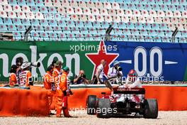 Kimi Raikkonen (FIN) Alfa Romeo Racing C41 retired from the race with a broken front wing. 02.05.2021. Formula 1 World Championship, Rd 3, Portuguese Grand Prix, Portimao, Portugal, Race Day.