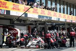 Antonio Giovinazzi (ITA) Alfa Romeo Racing C41 makes a pit stop. 02.05.2021. Formula 1 World Championship, Rd 3, Portuguese Grand Prix, Portimao, Portugal, Race Day.